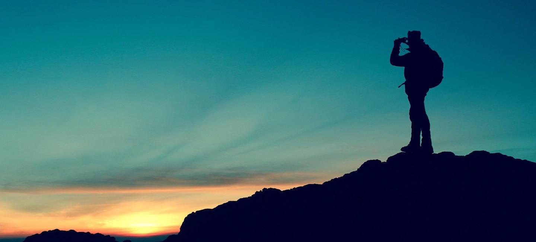 Randonnée sous le coucher de soleil